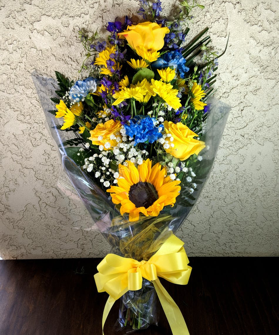 Rowland High School Graduation Bouquet In Rowland Heights Ca