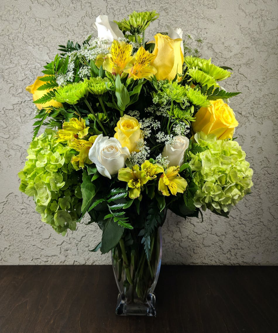 Rowland Heights Ca Your Sweet Smile Bouquet Ra Florist
