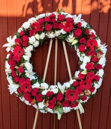 Regal Tribute Wreath